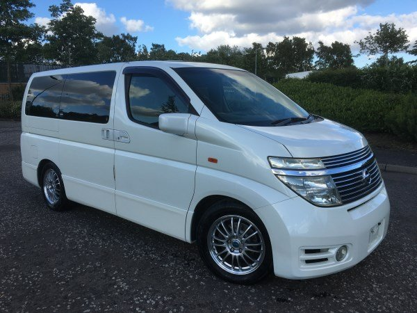 2004 FRESH IMPORT NISSAN ELGRAND HIGHWAY SEAR AUTO 3.5 4WD For Sale (picture 1 of 6)
