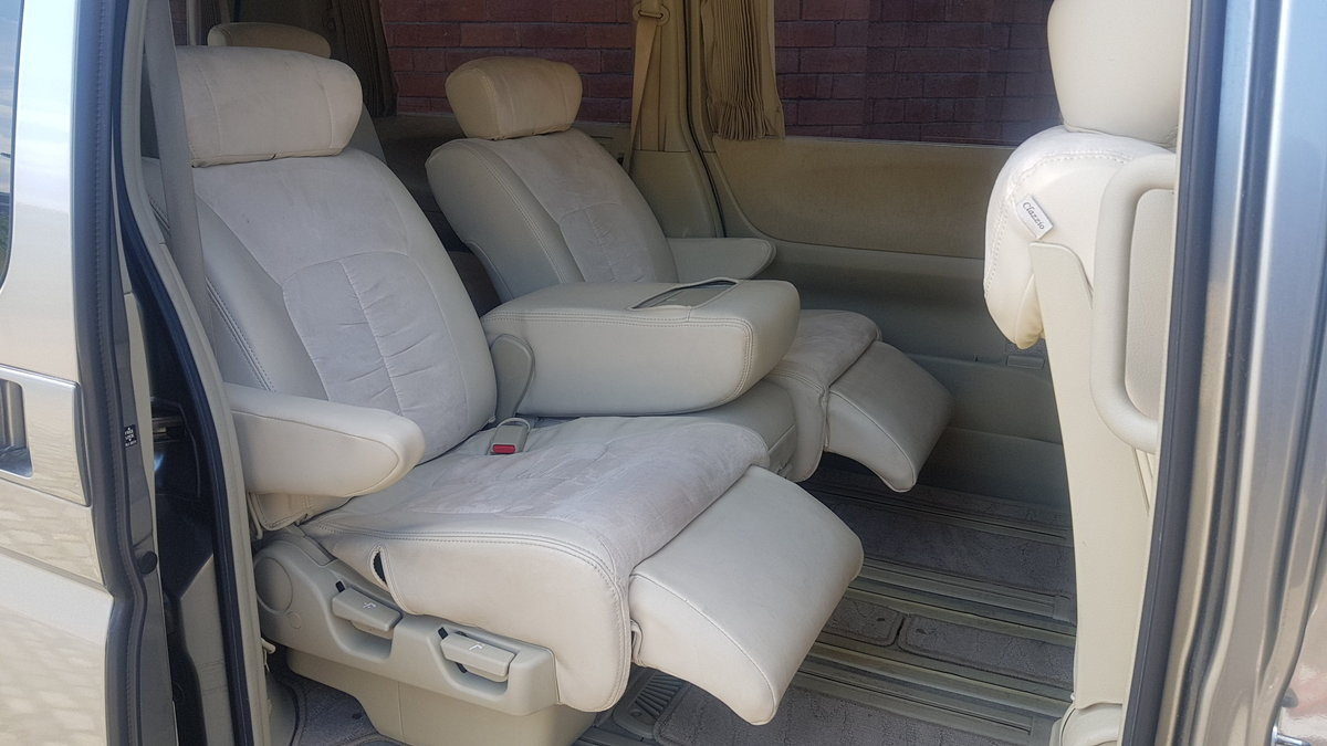2005 NISSAN ELGRAND 3.5 X * TWIN POWER DOORS * BUSINESS SEATS *  SOLD (picture 6 of 6)