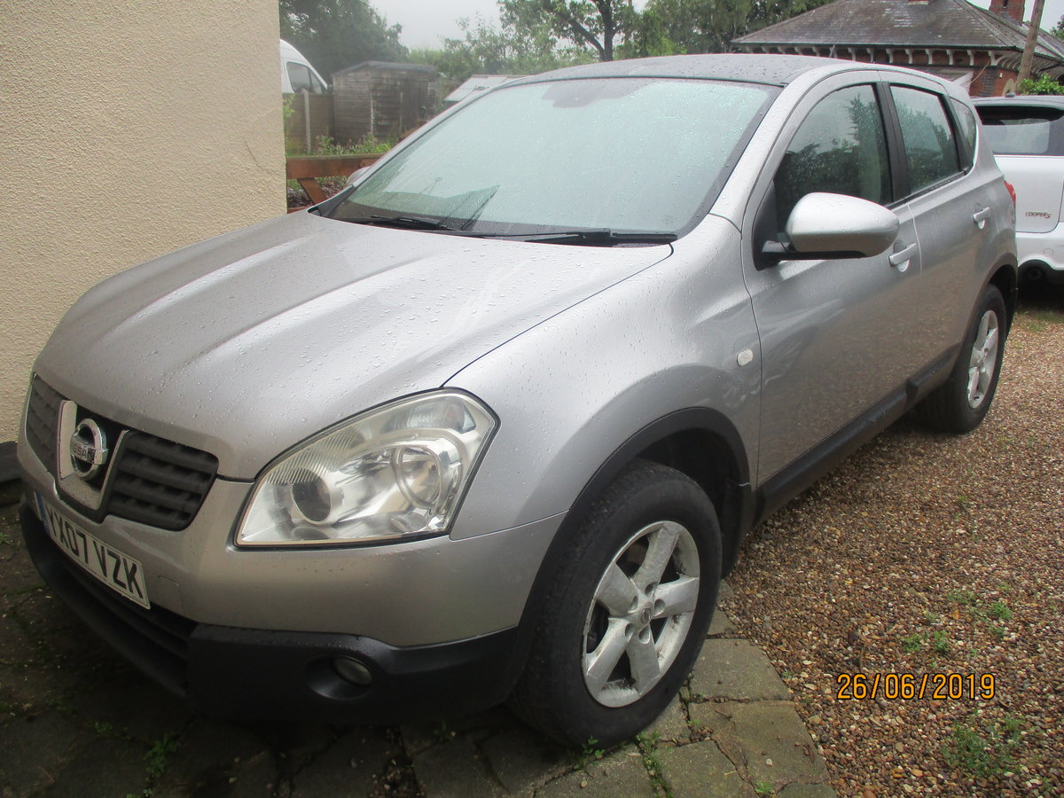 SMART QASHQAI 1600cc petrol manaul WITH A TOW BAR MOT APRIL For Sale (picture 4 of 6)