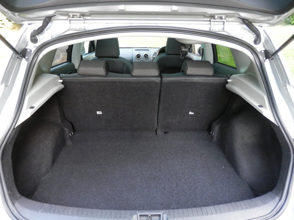 2009 Nissan Qashqai N-tec.. Auto.. Hi Spec.. Bargain..  SOLD (picture 5 of 6)