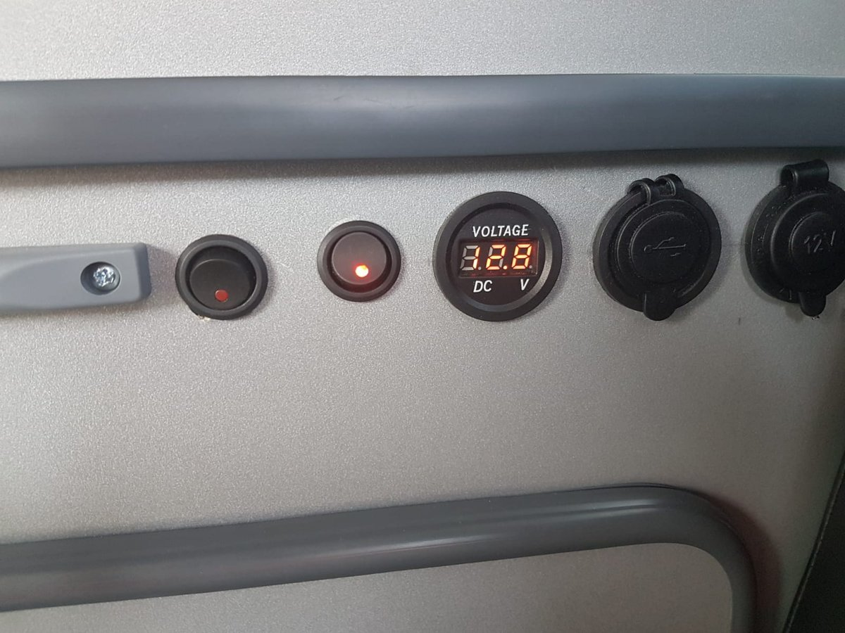 2005 Nissan Elgrand brand new Conversion For Sale (picture 6 of 6)