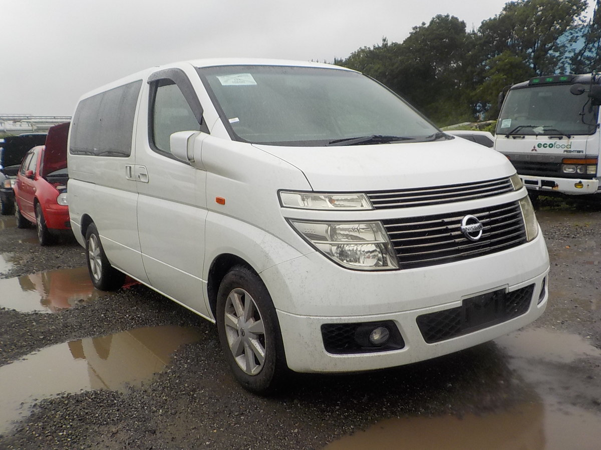 2004 NISSAN ELGRAND 3.5 AUTOMATIC * FRESH IMPORT * SOLD (picture 1 of 6)