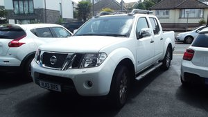 2013 NISSAN NAVARA OUTLAW DCI V6 3.0 AUTO DOUBLE CREW CAB 4WD P/U For Sale