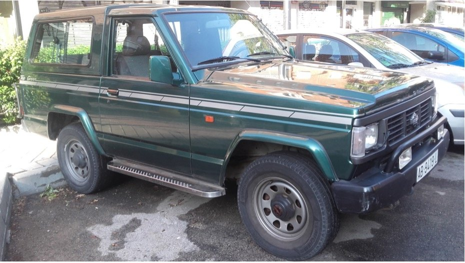 1992 Nissan Patrol 6 cylinders Top Green SOLD (picture 1 of 6)