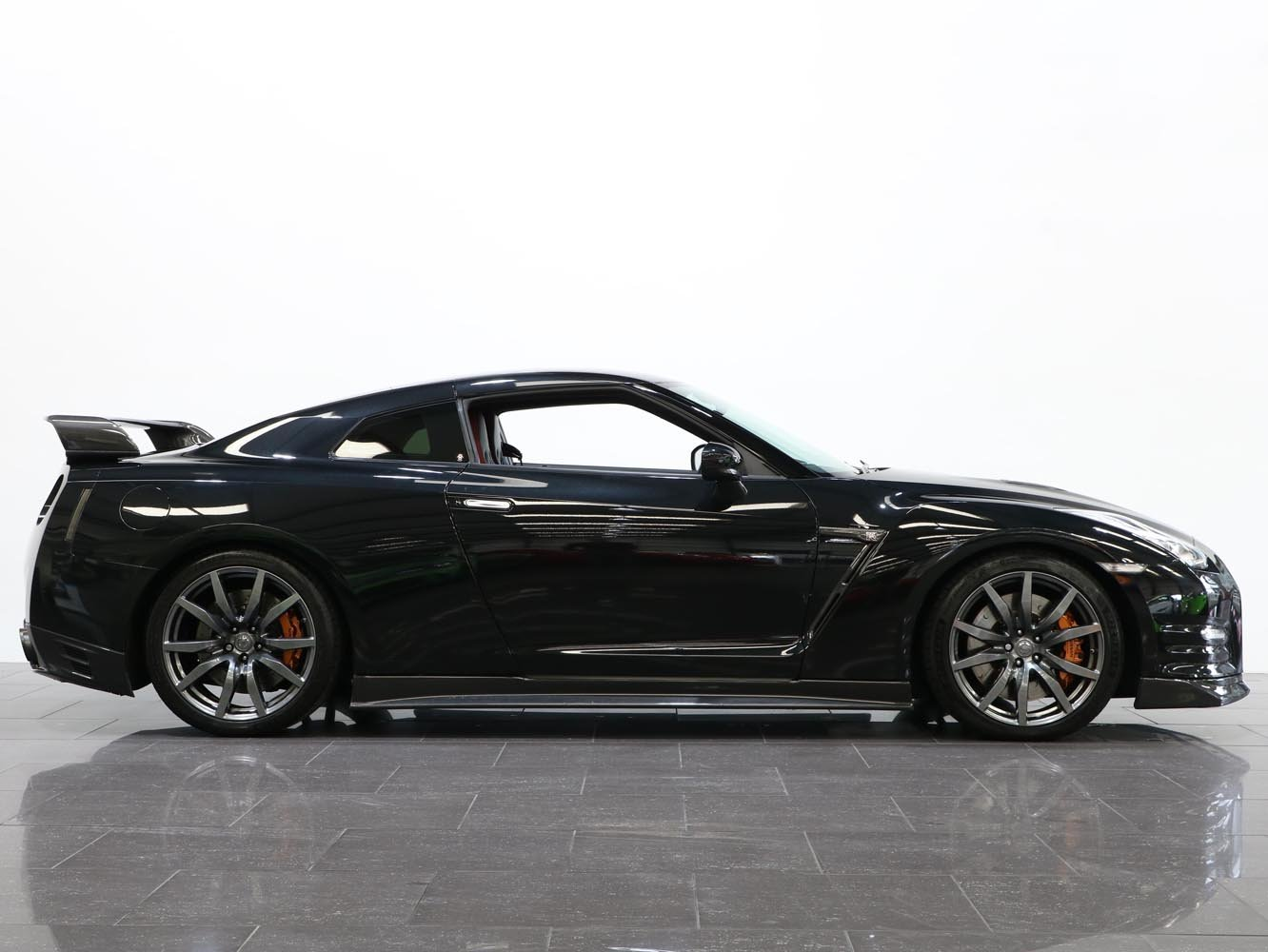 2015 15 15 NISSAN GTR LITCHFIELD 3.8 V6 PREMIUM EDITION AUTO For Sale (picture 2 of 6)