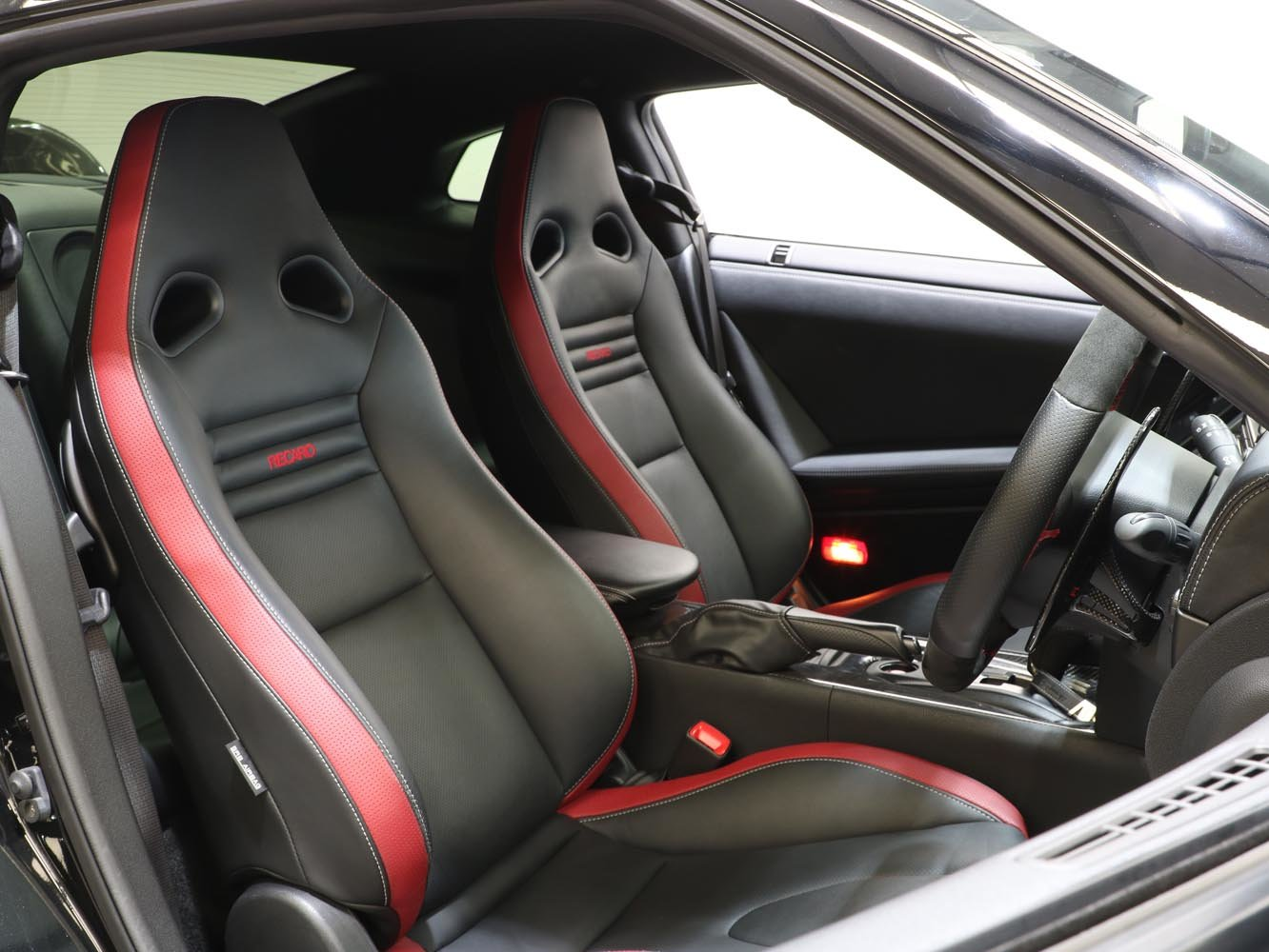 2015 15 15 NISSAN GTR LITCHFIELD 3.8 V6 PREMIUM EDITION AUTO For Sale (picture 5 of 6)