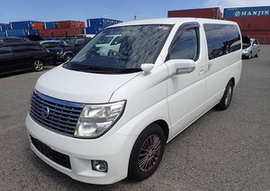 NISSAN ELGRAND 2008 58 PHASE 3 E51 2.5 V 8 SEATER * TOP GRAD For Sale