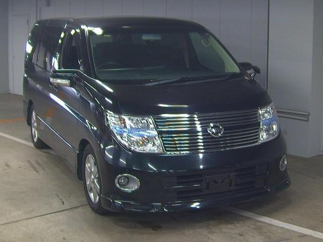 NISSAN ELGRAND 2009 NISSAN ELGRAND 350 HIGHWAY STAR BLACK For Sale (picture 1 of 3)