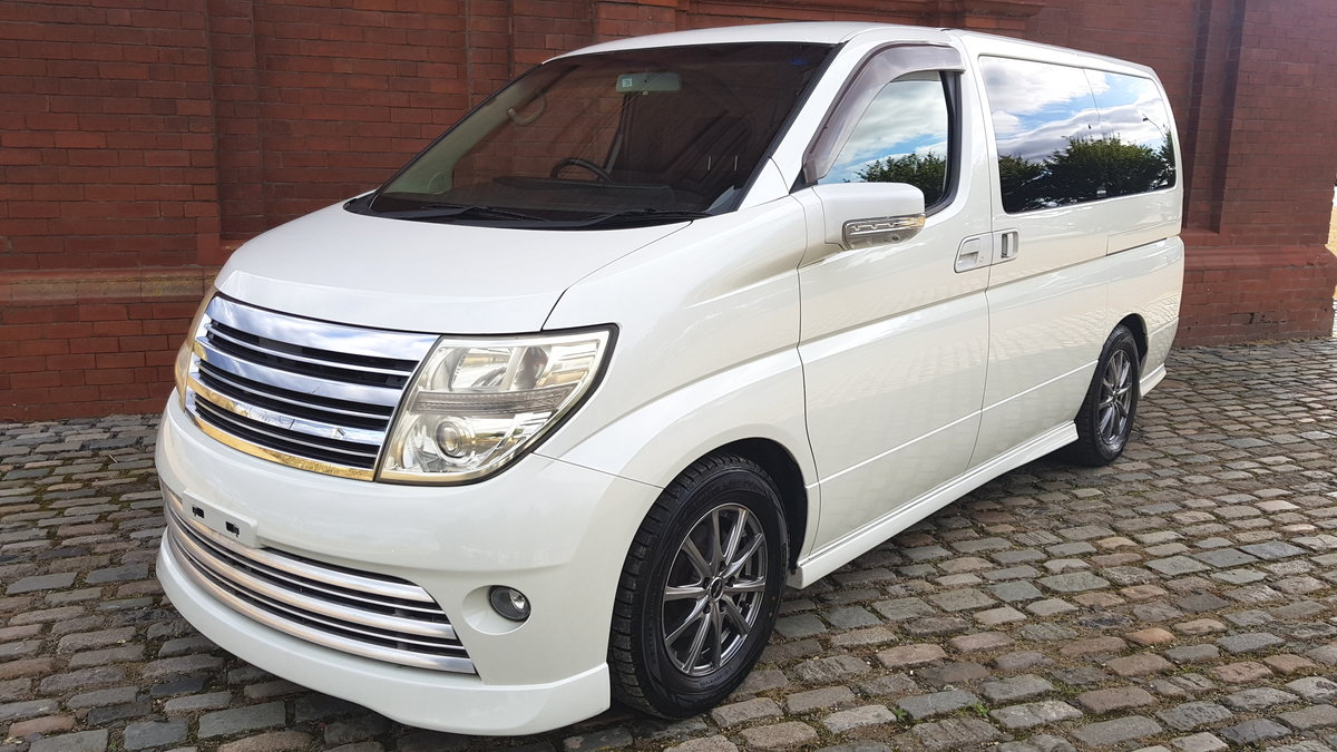 2007 NISSAN ELGRAND 2.5 RIDER S * TWIN POWER DOORS * 8 SEATS For Sale (picture 1 of 6)