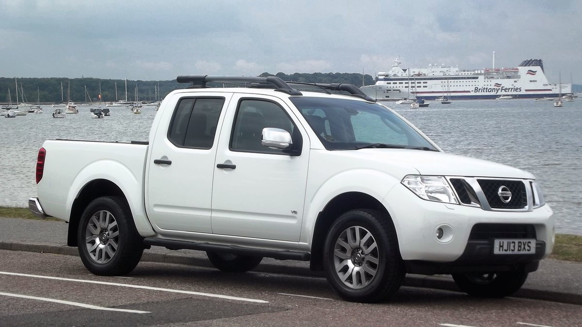 2013 NISSAN NAVARRA OUTLAW DCI V6 3.0 AUTO DOUBLE CAB 4WD PICK UP SOLD (picture 1 of 6)
