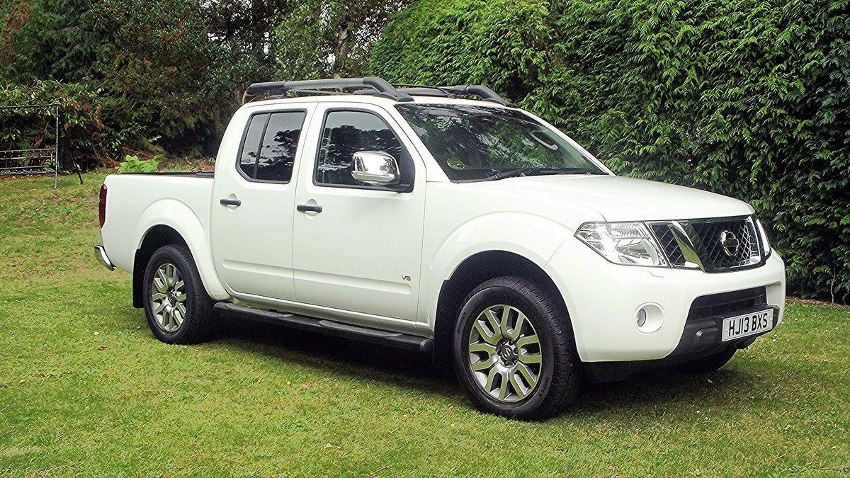 2013 NISSAN NAVARA OUTLAW DCI V6 3.0 AUTO DOUBLE CAB 4WD PICK UP SOLD (picture 1 of 6)