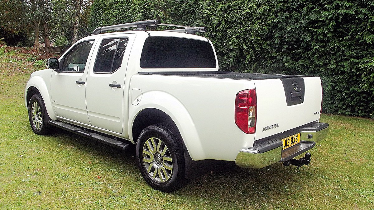 2013 NISSAN NAVARA OUTLAW DCI V6 3.0 AUTO DOUBLE CAB 4WD PICK UP SOLD (picture 3 of 6)