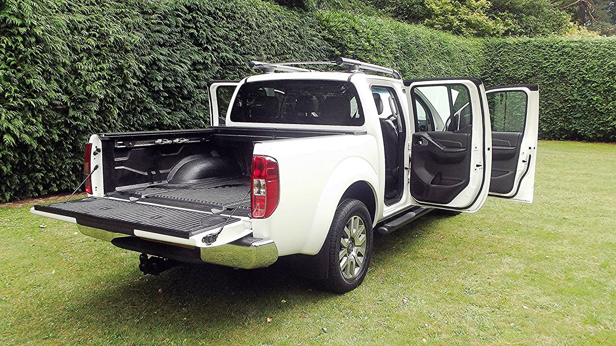 2013 NISSAN NAVARA OUTLAW DCI V6 3.0 AUTO DOUBLE CAB 4WD PICK UP SOLD (picture 6 of 6)
