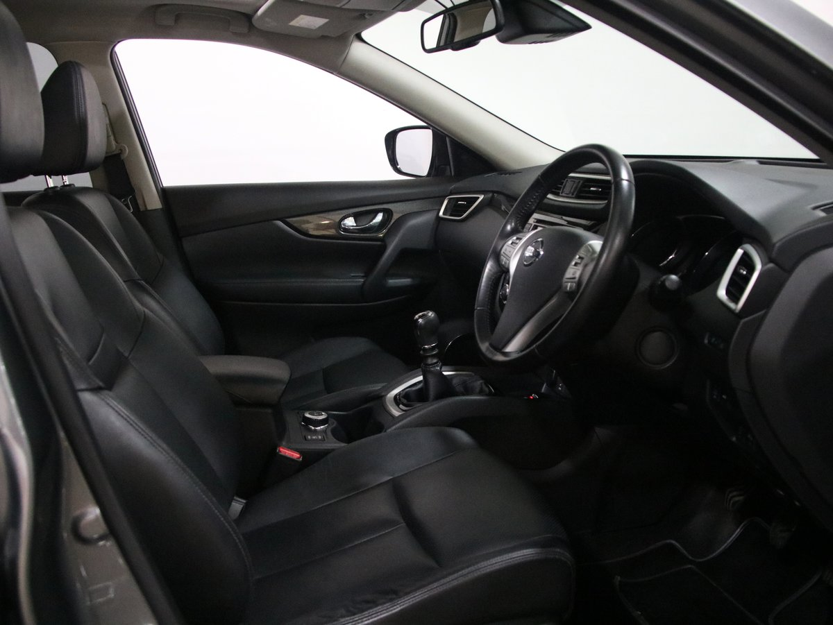 Nissan X-Trail 1.6 dCi Tekna 5dr 4WD [7 Seat] 2016(16) SOLD (picture 4 of 6)