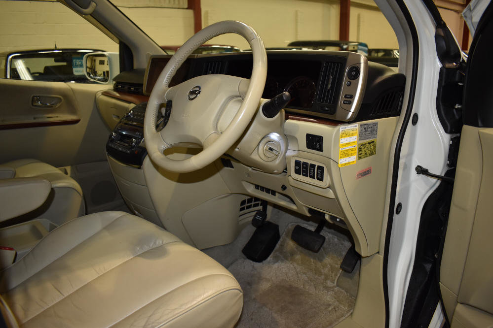 2005 60,000 mls, 3.5 V6 Auto, very high specification For Sale (picture 5 of 6)