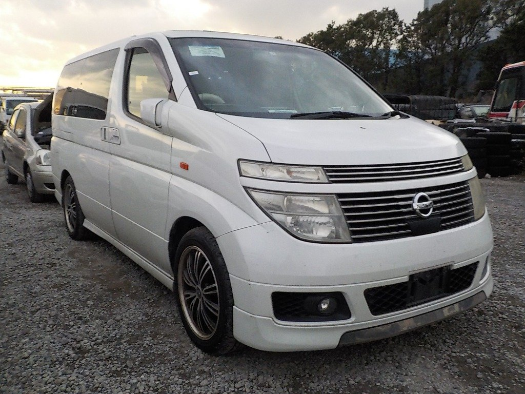 2004 NISSAN ELGRAND 3.5 XL 4X4 AUTOMATIC * TWIN SUNROOF * For Sale (picture 1 of 6)