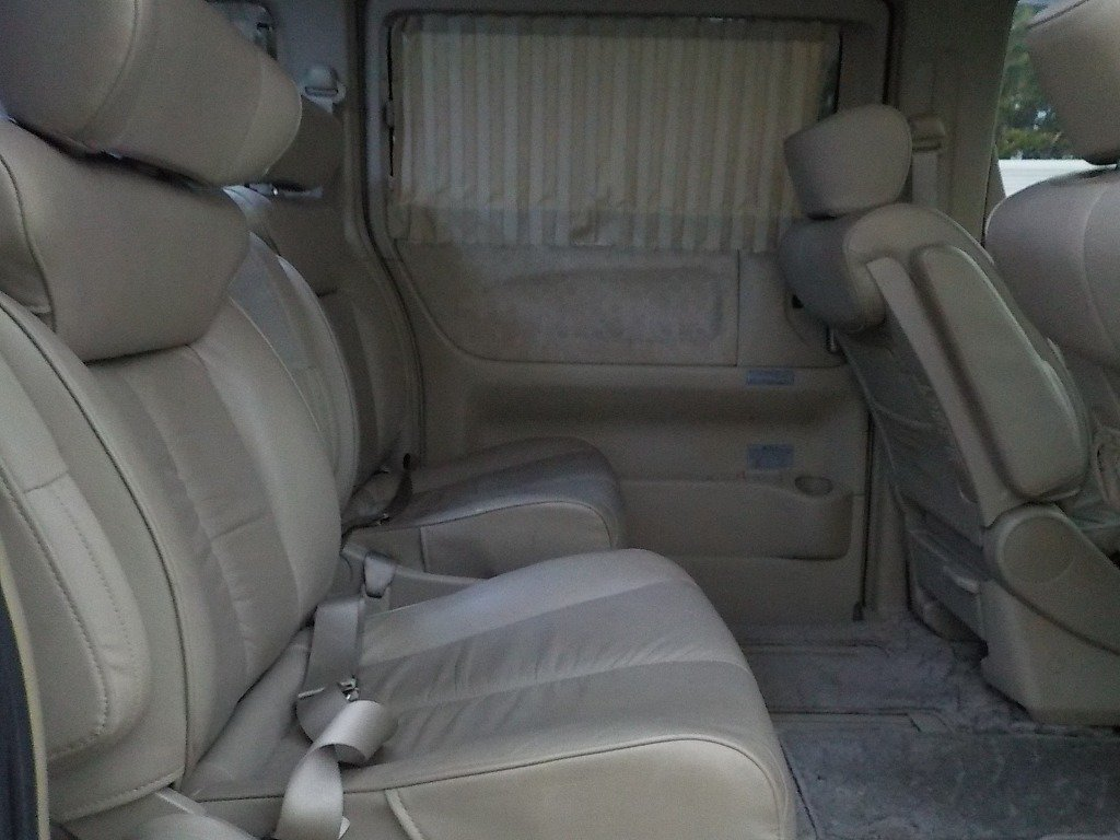 2004 NISSAN ELGRAND 3.5 XL 4X4 AUTOMATIC * TWIN SUNROOF * For Sale (picture 4 of 6)