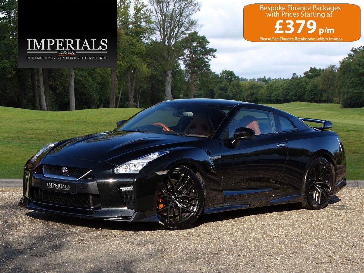 2016 Nissan  GT-R  PRESTIGE COUPE 2017 FACELIFT AUTO  56,948 For Sale (picture 1 of 23)