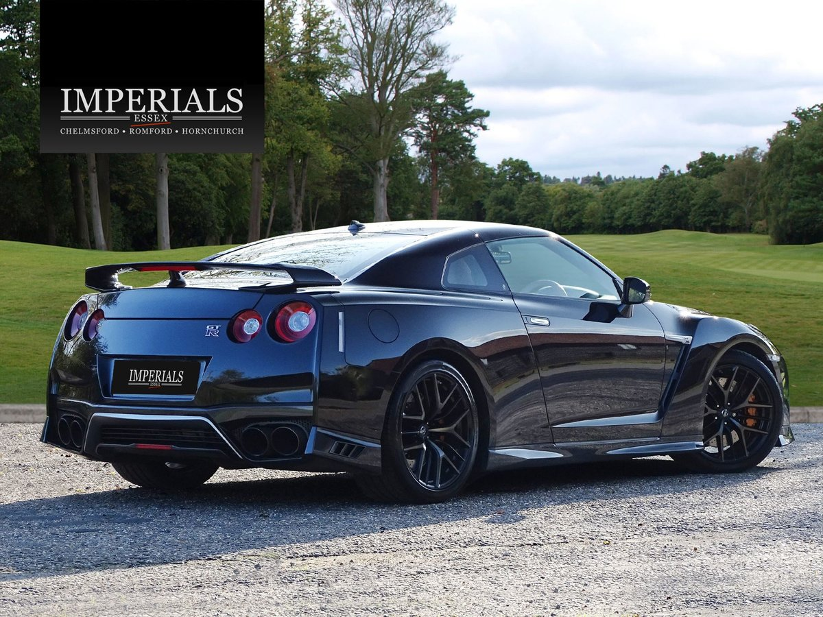 2016 Nissan  GT-R  PRESTIGE COUPE 2017 FACELIFT AUTO  56,948 For Sale (picture 4 of 23)