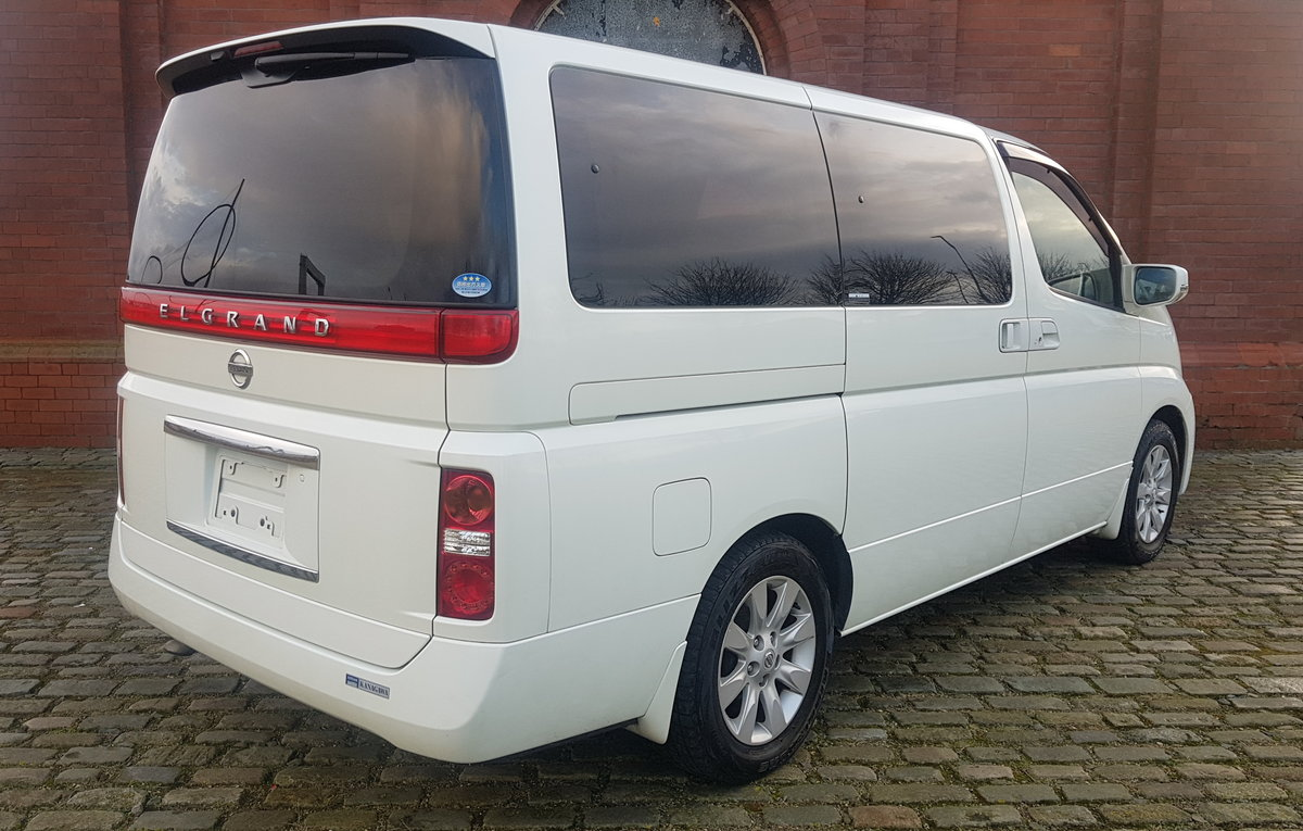2004 NISSAN ELGRAND 3.5 X AUTO 8 SEATER LEATHER * BUSINESS SEATS  For Sale (picture 2 of 6)