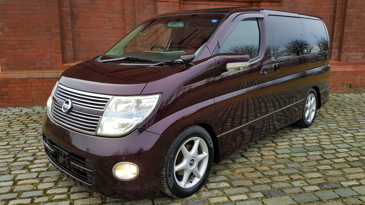 NISSAN ELGRAND 2008 3.5 4X4 AUTOMATIC FACELIFT * 8 SEATER *  SOLD (picture 1 of 6)