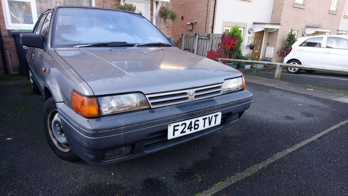 1989 Nissan Sunny - loved family car in need of care For Sale (picture 1 of 6)