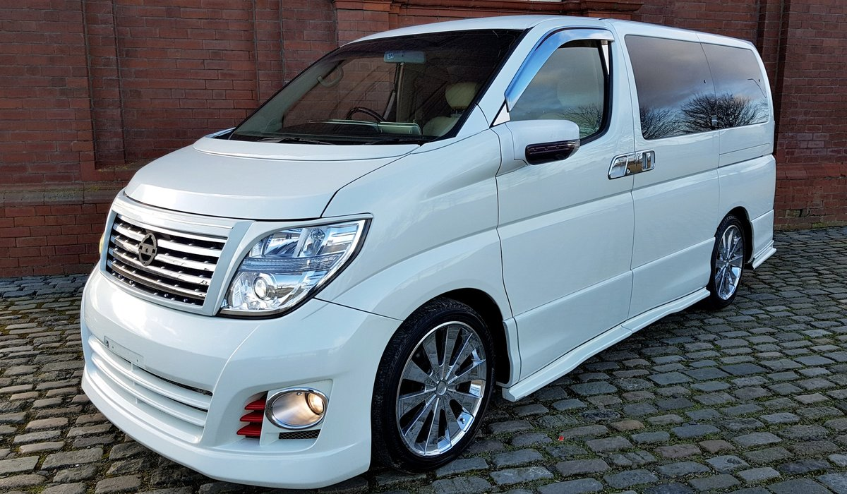 2006 NISSAN ELGRAND CUSTOM 2.5 HIGHWAY STAR AERO V EDITION ONLY 4 SOLD (picture 1 of 6)