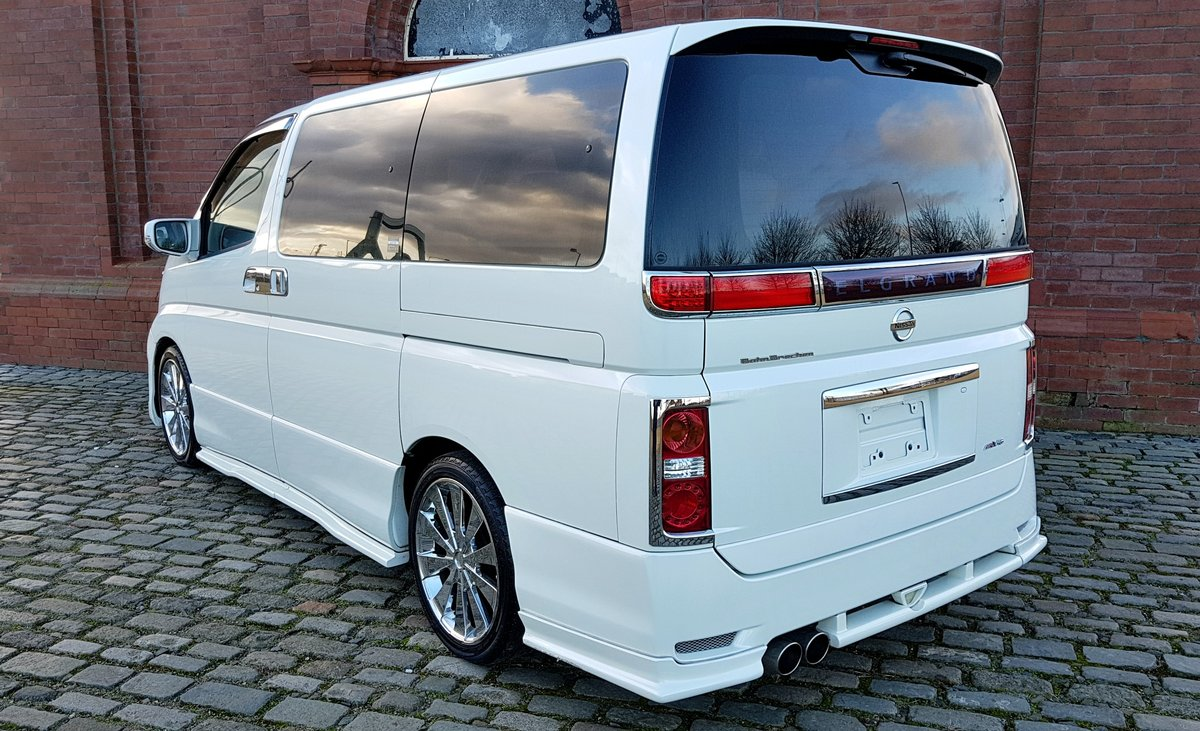 2006 NISSAN ELGRAND CUSTOM 2.5 HIGHWAY STAR AERO V EDITION ONLY 4 SOLD (picture 2 of 6)