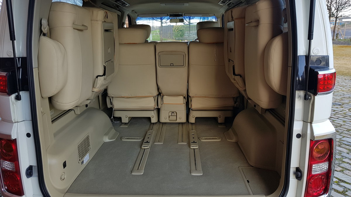 2006 NISSAN ELGRAND CUSTOM 2.5 HIGHWAY STAR AERO V EDITION ONLY 4 SOLD (picture 6 of 6)
