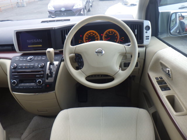 2005 NISSAN ELGRAND 2.5 ENCHANTE 8 SEATER * MOBILITY/ELDERLY ACCE SOLD (picture 3 of 6)