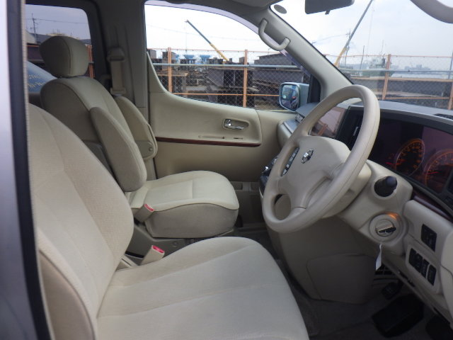 2005 NISSAN ELGRAND 2.5 ENCHANTE 8 SEATER * MOBILITY/ELDERLY ACCE SOLD (picture 4 of 6)