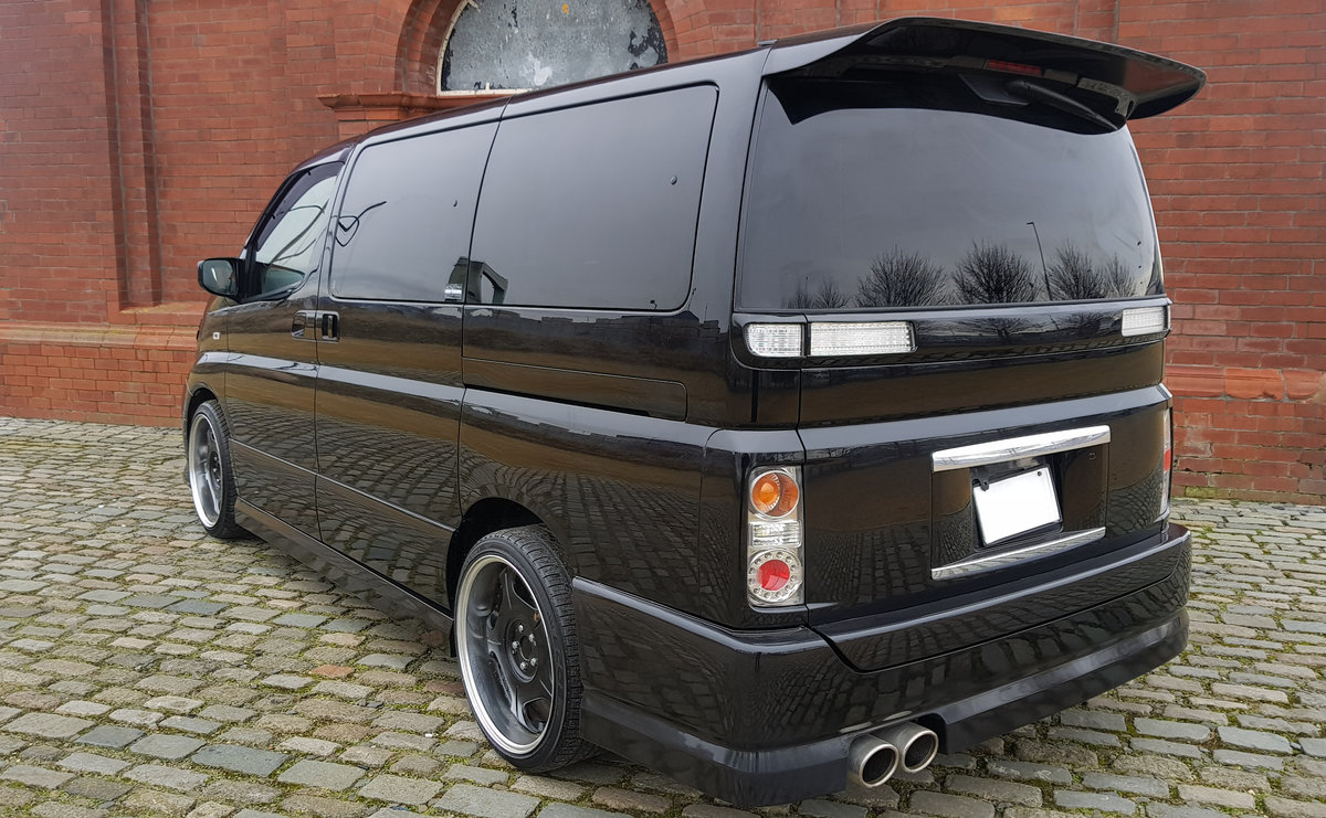 2003 NISSAN ELGRAND 3.5 AUTOMATIC * CUSTOM BODYKIT *  For Sale (picture 3 of 6)