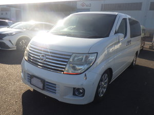 NISSAN ELGRAND 2005 3.5 XL 4X4 * LEATHER SEATS * 7 SEATER For Sale