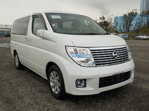NISSAN ELGRAND 2005 3.5 XL 4X4 * LEATHER SEATS * 7 SEATER