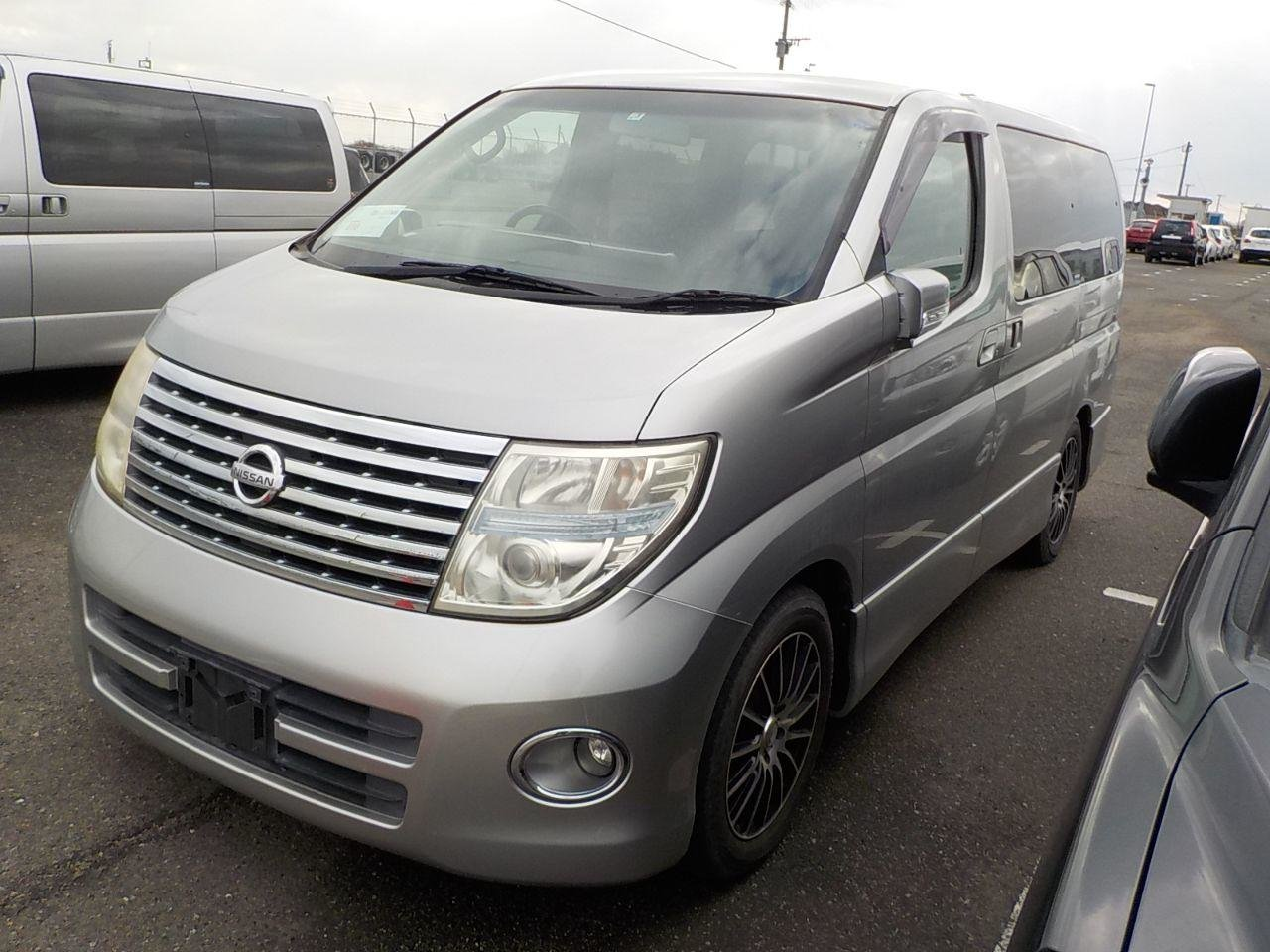 2005 Nissan Elgrand 3.5 Highway Star E51 For Sale (picture 2 of 5)