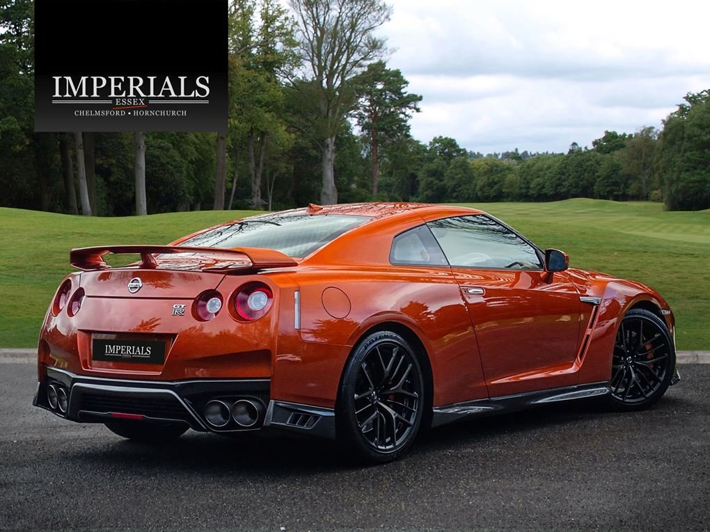 2016 Nissan  GT-R  RECARO EDITION 3.8 V6 570 BHP COUPE AUTO  58,9 For Sale (picture 4 of 24)