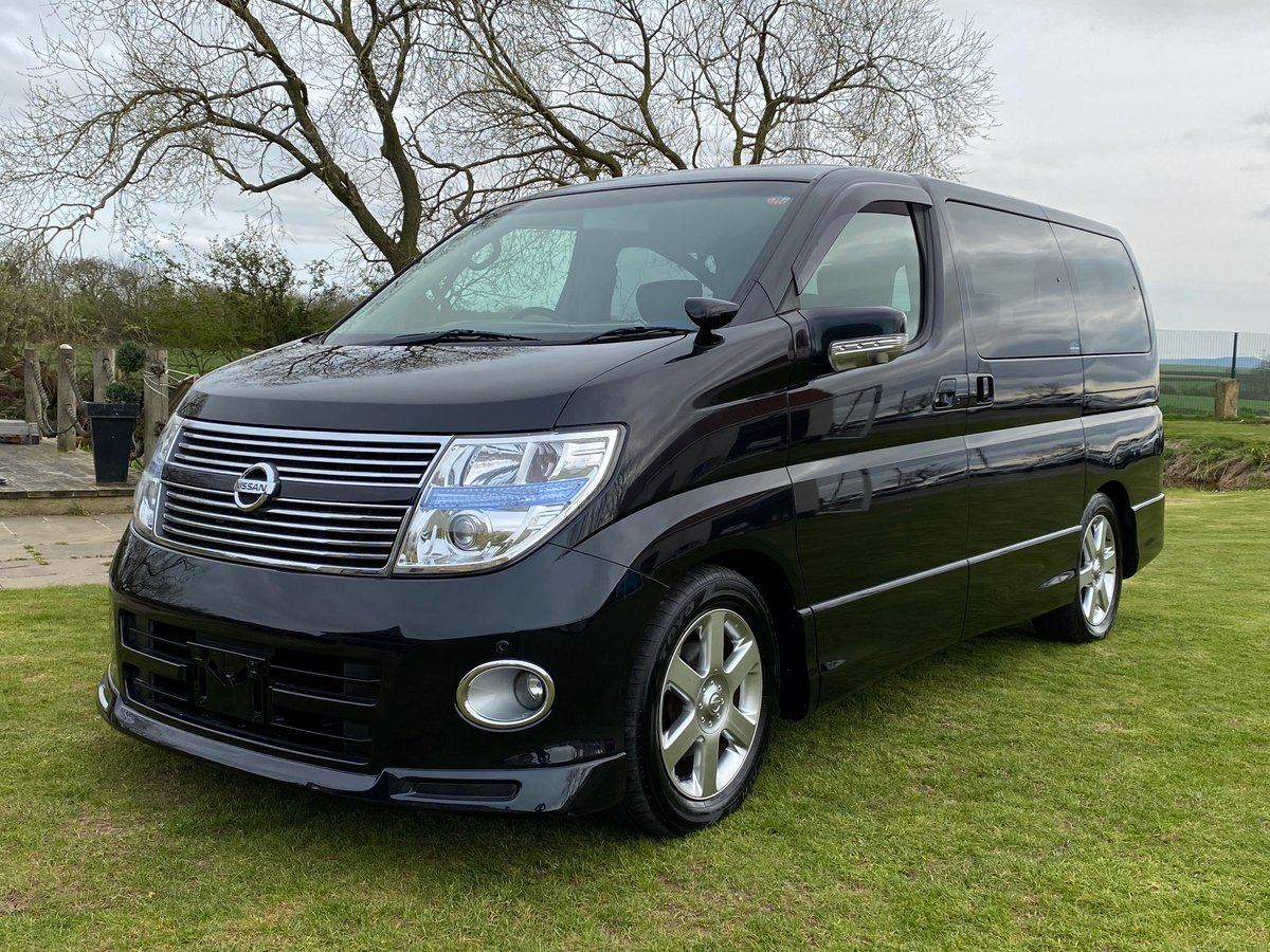 NISSAN ELGRAND 2009 NISSAN ELGRAND 350 HIGHWAY STAR BLACK SOLD (picture 1 of 6)