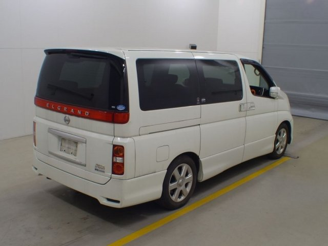 2005 NISSAN ELGRAND 3.5 HIGHWAY STAR AUTOMATIC 8 SEATER CAMPER For Sale (picture 4 of 6)