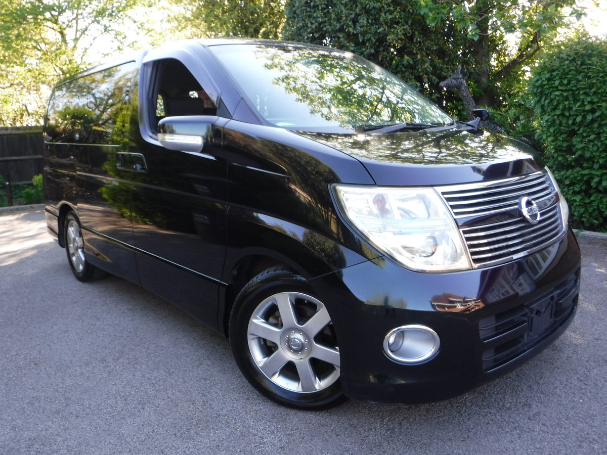 2007 Nissan Elgrand Highway Star 2.5 v6 Tiptronic 7 Seats  For Sale (picture 1 of 6)