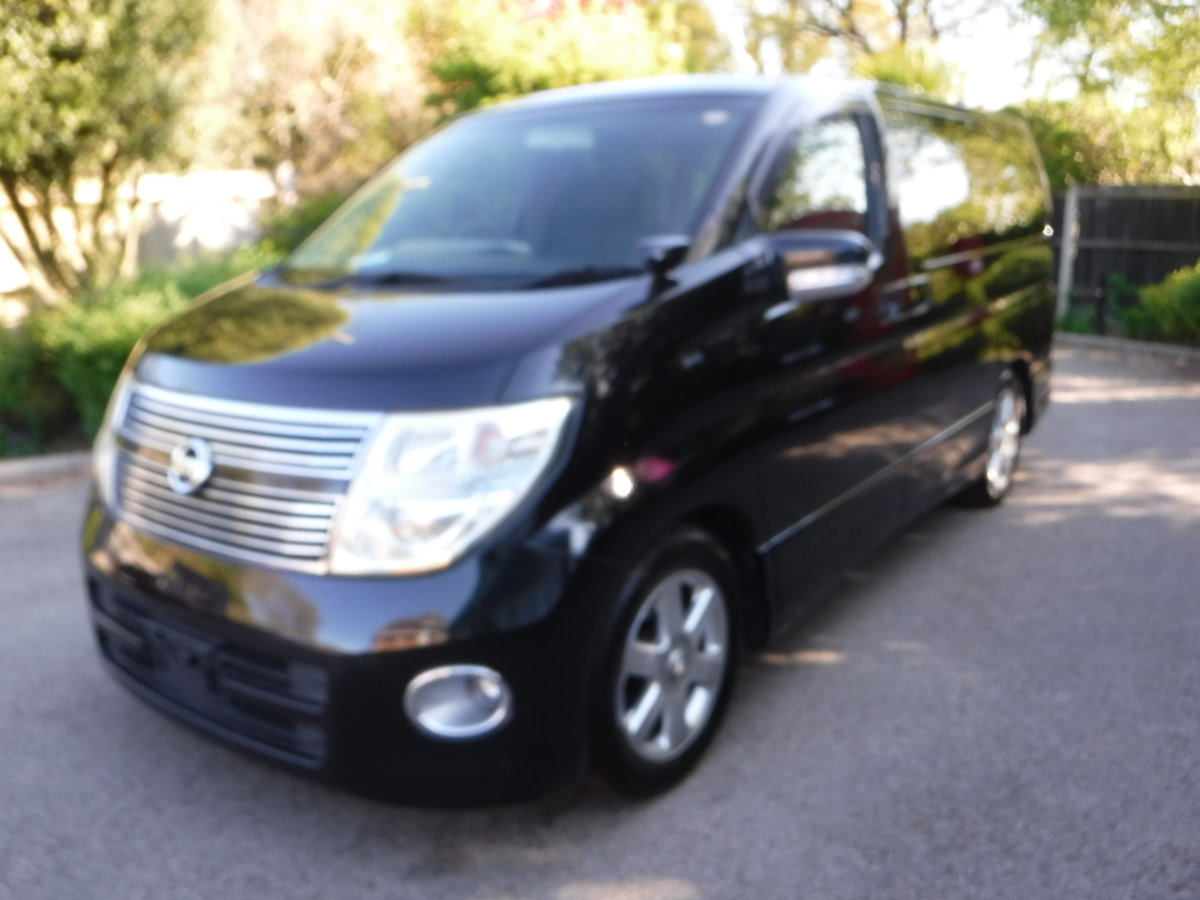 2007 Nissan Elgrand Highway Star 2.5 v6 Tiptronic 7 Seats  For Sale (picture 2 of 6)