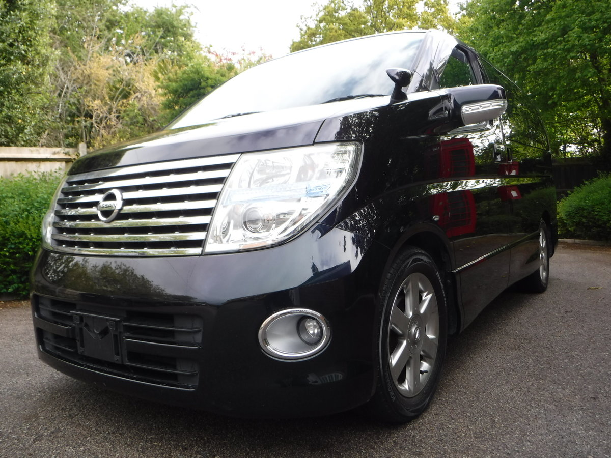 2007 Nissan Elgrand Highway Star 2.5 v6 Tiptronic 7 Seats 5dr For Sale (picture 2 of 6)