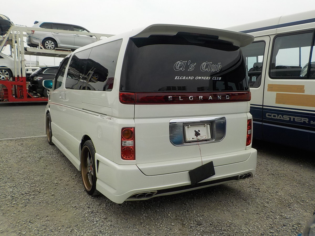 2003 NISSAN ELGRAND 3.5 VG 4X4 AUTOMATIC * 8 SEATER * CUSTOM BODY For Sale (picture 2 of 6)