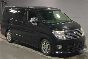 NISSAN ELGRAND 3.5 HIGHWAY STAR 4X4 8 SEATER * LOW MILEAGE *