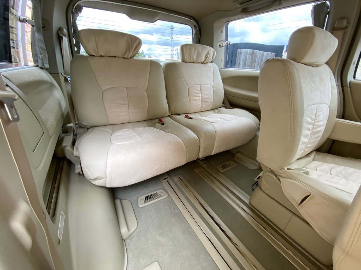 2005 NISSAN ELGRAND 3.5 AUTOMATIC 8 SEATER CAMPER * 33000 MILES * For Sale (picture 5 of 6)