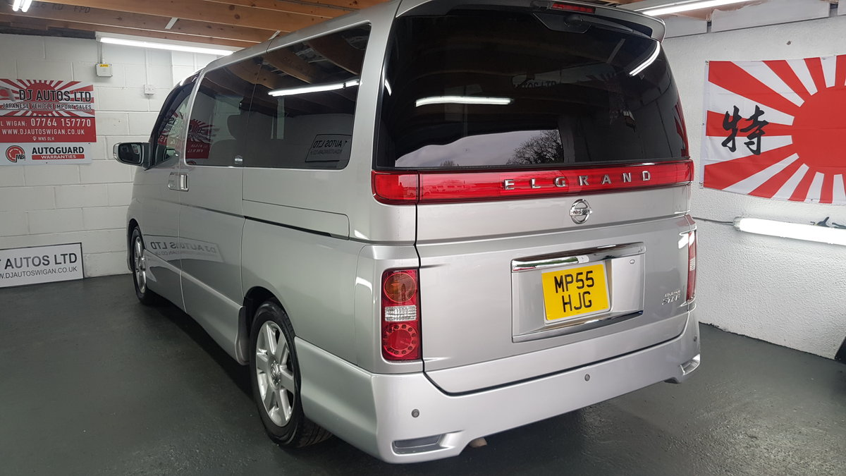 2006 Nissan Elgrand 3.5 automatic 8 seater silver day v For Sale (picture 2 of 6)