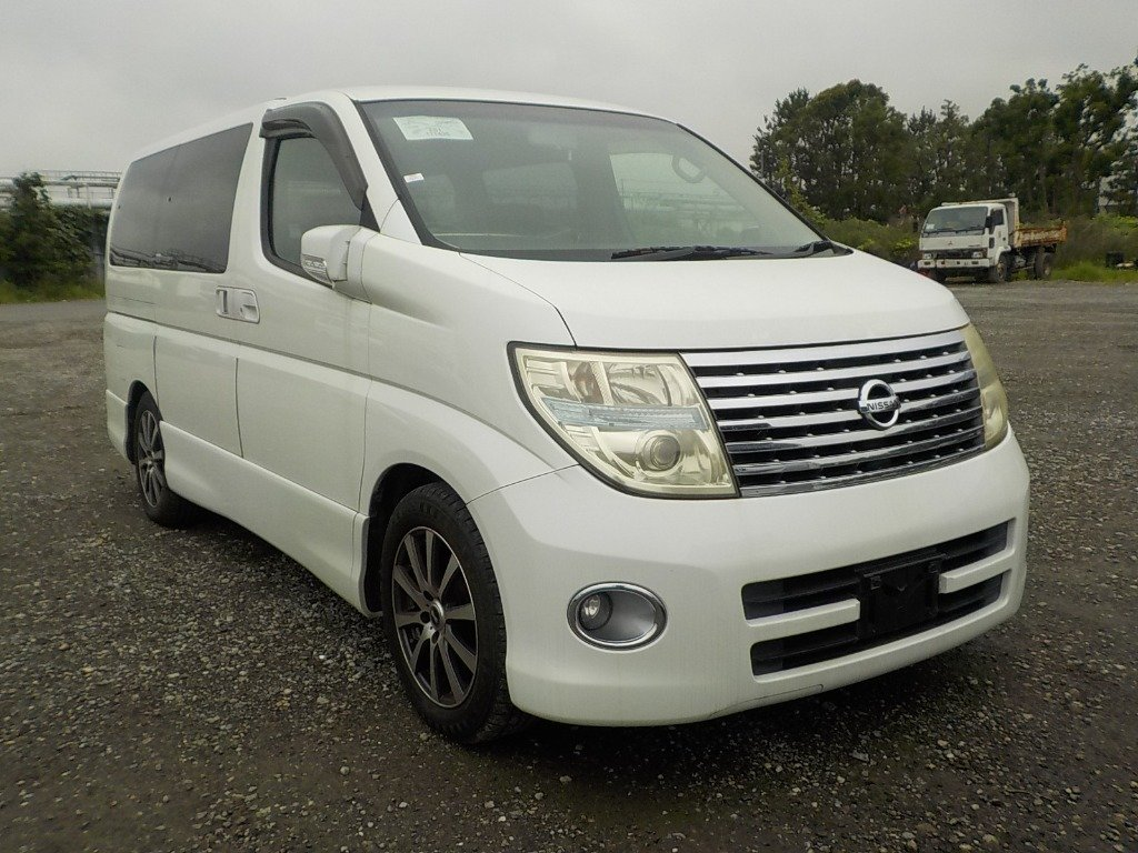 2005 NISSAN ELGRAND 3.5 HIGHWAY STAR AERO KIT PEARL WHITE *  For Sale (picture 1 of 5)