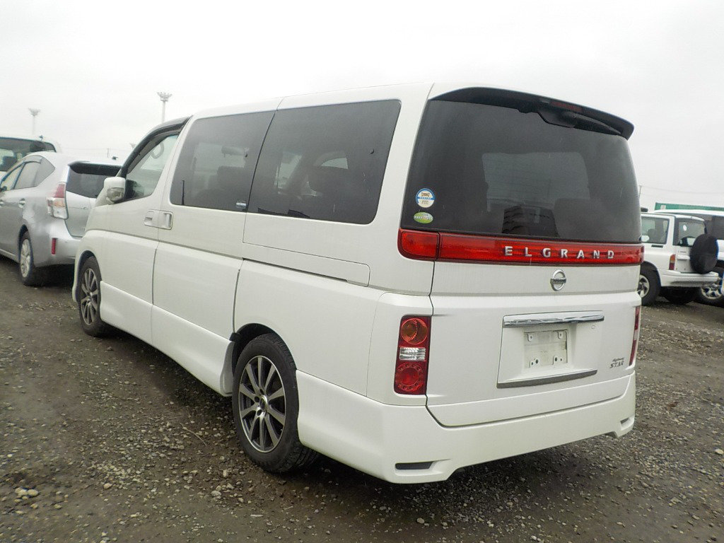 2005 NISSAN ELGRAND 3.5 HIGHWAY STAR AERO KIT PEARL WHITE *  For Sale (picture 2 of 5)