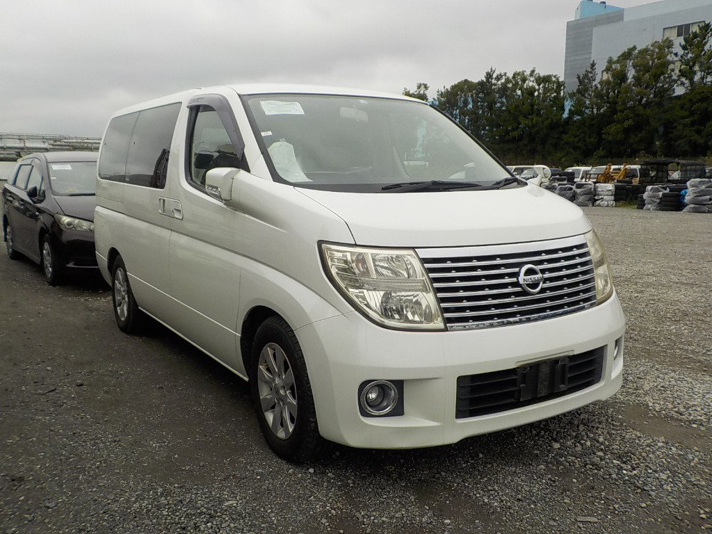 2007 NISSAN ELGRAND 3.5 X 4X4 AUTOMATIC * 8 SEATER * PEARL WHITE For Sale (picture 1 of 6)