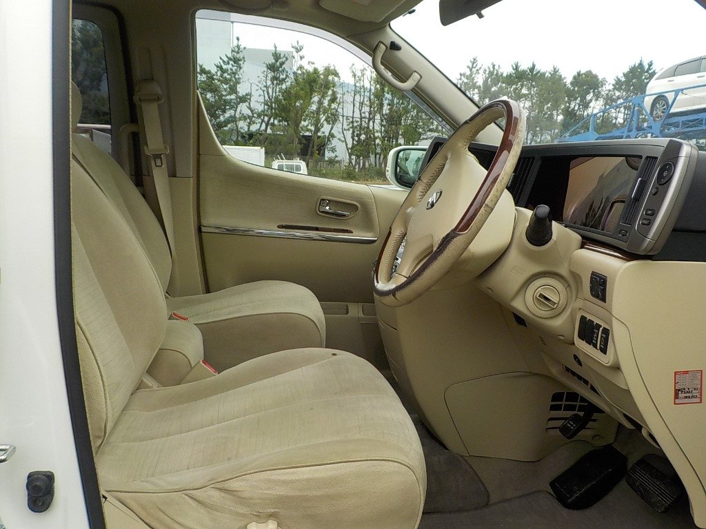 2007 NISSAN ELGRAND 3.5 X 4X4 AUTOMATIC * 8 SEATER * PEARL WHITE For Sale (picture 3 of 6)