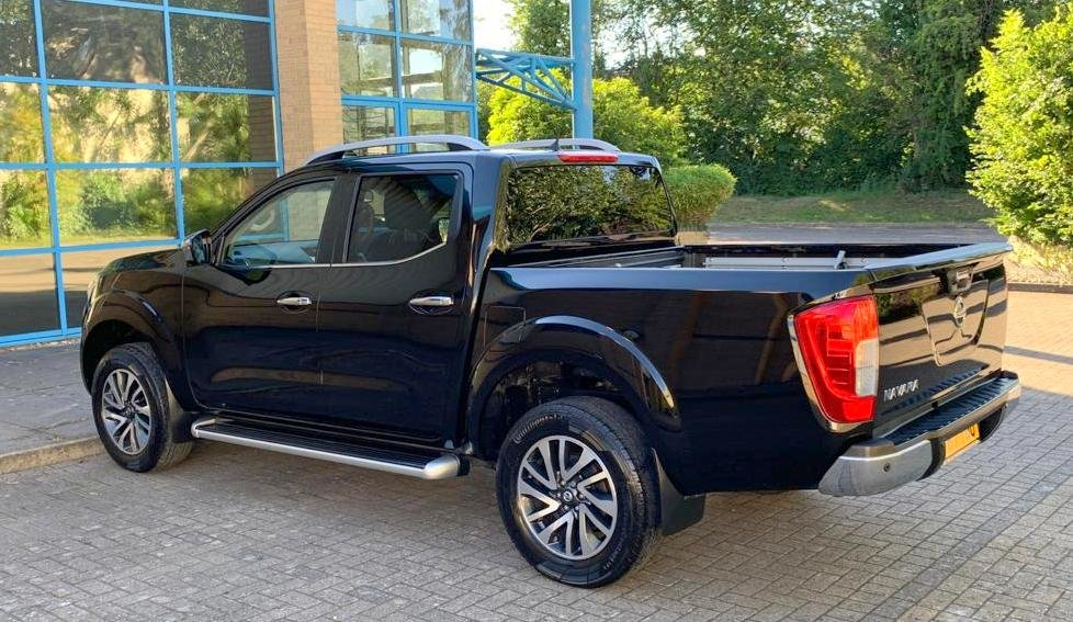 2017 Nissan Navara Tekna. 2.3 DCi (67 Plate) 29K Miles Auto For Sale (picture 2 of 6)